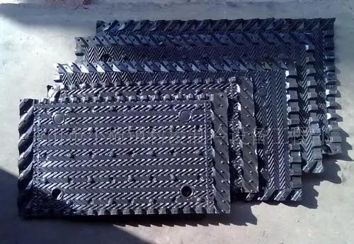 方形冷却塔填充料更换的方法